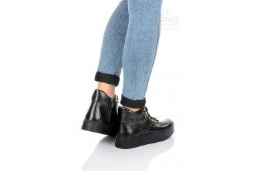 Демисезонные женские ботинки Top-Hole 040