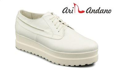 Ari Andano 263 white
