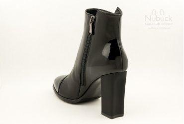 Демисезонные женские ботинки Morento 2403-9137