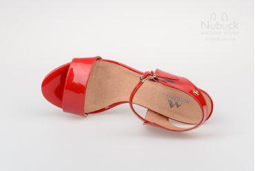 Женские босоножки Morento 267-555 red