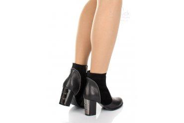 Демисезонные женские ботинки Morento 615-6197
