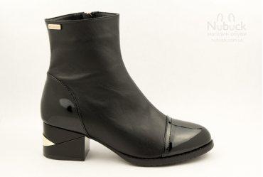 Демисезонные женские ботинки Morento A005-4142